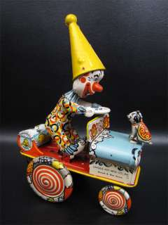 Unique Art Artie The Clown In His Crazy Car Tin Wind Up