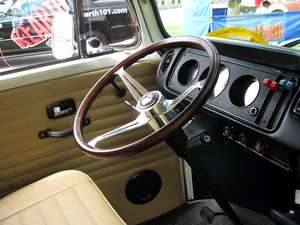 VW BUG GHIA TYPE 3 FLAT4 WOOD EMPI GT STEERING WHEEL