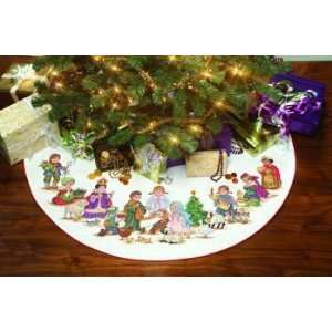 Christmas Pageant Tree Skirt
